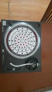 Technics sl1200mk2