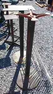 Pieds de tables hauteur normal ou hauteur bistro 15$ chaque