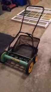 "18"" Manual Push Mower - barely used"
