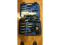 Uponor press toolkit battery Mini 32 plumber tool set very good condition