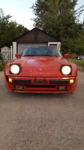 Red Porsche 944 - low km and price