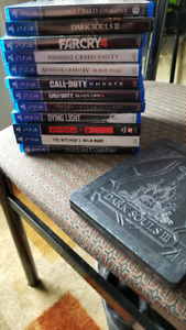 Lots de jeux ps4 (Assasin's creed origins, dark soul 3, etc)