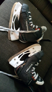 patins de hockey glace garcons Easton grandeur 1