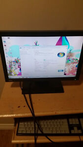 COMPAQ DESKTOP COMPUTER ONLY $120 WORKING PERFECTLY