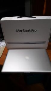 "Apple Macbook Pro 17"", 16Gb Ram, 1TB SSD"