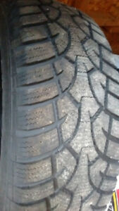 Sell 4 used winter tires General installed on black rims