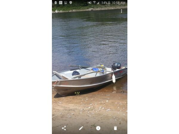 Used 2002 Lund Boat Co wc14