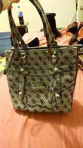 AUTHENTIC GUESS PURSE IN GOOD CONDITUON St. John's Newfoundland image 1