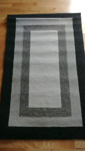 Charcoal Indoor/Outdoor Area Rug  3' x 5'  *NEW*