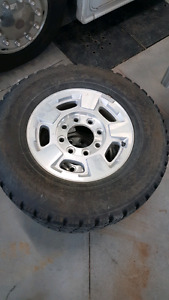 """GM 17"""" 3/4 ton rims and tires"""