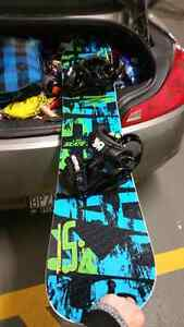 Mint Lib Tech SKATE BANANA snowboard with Drake Bindings