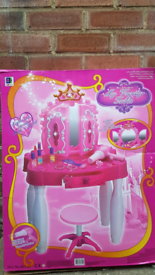 Toy Makeup Table