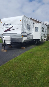 RENT 27' Travel Trailer with big slide out