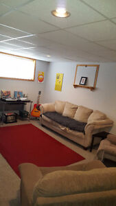 Very Large Basement apartment Large windows, High Ceilings