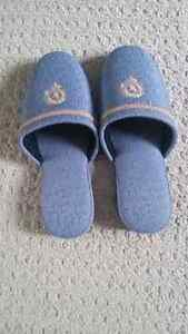 Japanese women's slippers