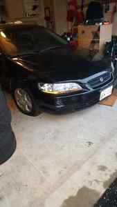 98 honda accord 2 doors $800 OBO