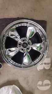 2005-2014 Mustang 5 spoke chrome wheel Downtown-West End Greater Vancouver Area image 5