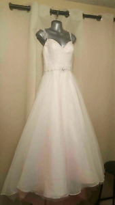 New custome wedding dress