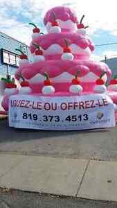 Gateau gonflable géant