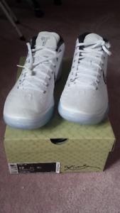 Brand New Kobe A.D Mids White Ice Colourway Size 12