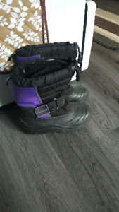 Girls size 2 winter boots