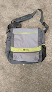 Columbia Outfitter Messenger Diaper Bag