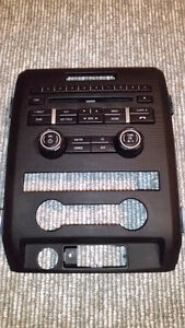 2009 - 2014 Ford Radio + Faceplate