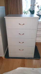 4 drawer grey dresser