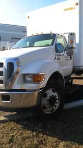 2007 Ford F-650 Cummins with 22ft box