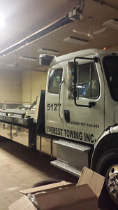 FLAT BED TOWING SERVICE