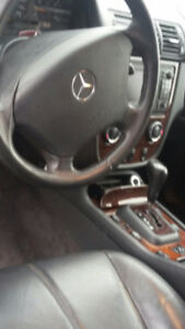 2002 Mercedes-Benz M-Class 320 SUV, Crossover