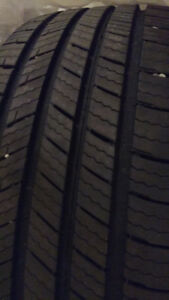 4 All-Season Michelin Defender tires for sale