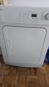 SAMSUNG DRYER 11 FUNCTIONS IN EXCELLENT SHAPE