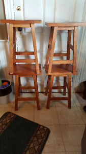 TABLE or BAR STOOLS
