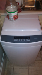 Looking to buy an apt size washer for my mother