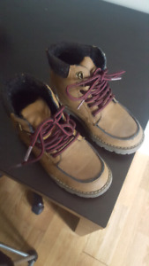 Sz 12 toddler boys hiking boots