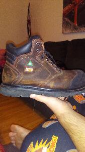 *New Price*$80 Anti slip steel toe boots