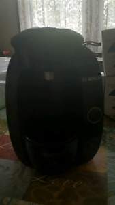 Bosch Tassimo coffee maker and pods