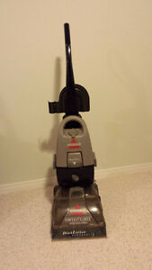 Bissell Carpet Washer/Steamer