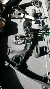 Archery, Compound Bow with accessories