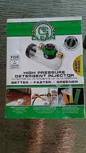HIGH PRESSURE DETERGENT INJECTOR ASSEMBLY