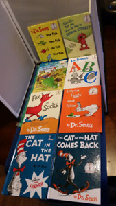 Dr.Seuss group of 8 books