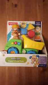 *NEW* FISHER PRICE DUMP TRUCK