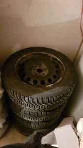 P20560r16 good year Nordic winter tires 250$  nego