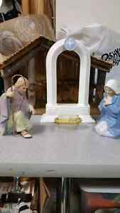 Hallmark Nativity Scene..Excellent Condition