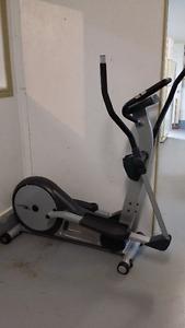appareil elliptique CardioMax
