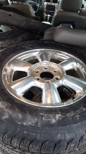 Gmc envoy/ chevy trailblazer 6bolt rims