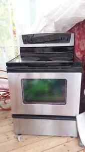 Whirlpool STOVE and FRIDGE in Stainless Steel