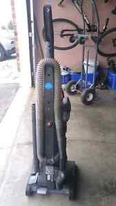 Upright Hoover Vacuum Kitchener / Waterloo Kitchener Area image 2