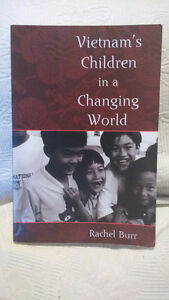 Vietnam's Children in a Changing World. Rachel Burr. 2006